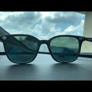 872323dc0c3 Ray Bans Accessories - Ray Ban Liteforce (RB 4297) polarized sunglasses